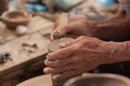 making earth: Potter,Thailand