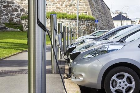 cables electricos: Estaci�n de recarga gratis