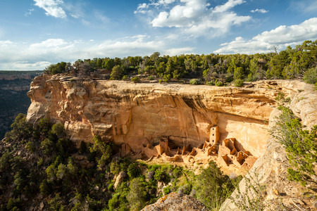 national parks: Cliff dwellings in Mesa Verde National Parks, Colorado, USA