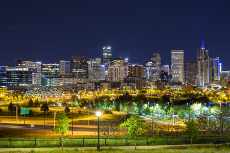 denver parks: Denver downtown panorama at night, Colorado, USA