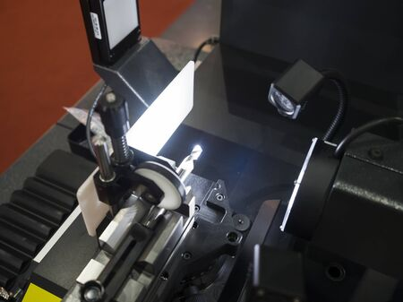 cutting tool: Inspection cutting tool by automate vision system
