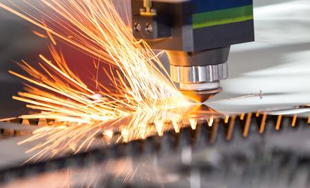 High precision CNC laser welding metal sheet, high speed cutting, laser welding, laser cutting technology, laser welding machine 스톡 콘텐츠