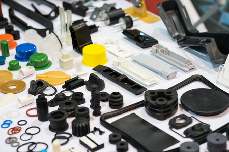 fabricação de peças automotivas de borracha e plástico de alumínio de alta precisão por fundição e usinagem Foto de archivo