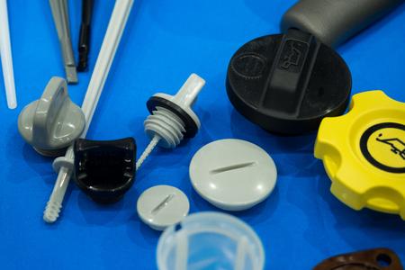 주조 및 기계 가공에 의한 고정밀 알루미늄 고무 및 플라스틱 자동차 부품 제조 스톡 콘텐츠 - 82249773