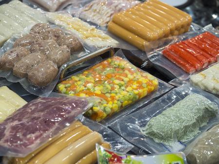 Alimentaire industriel, processus de production et d'emballage de FOD, fabrication de haute technologie alimentaire avec machine automatique