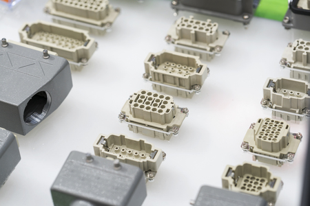 Terminal Connectors for modern machine industry, Quick connect and release terminal connector