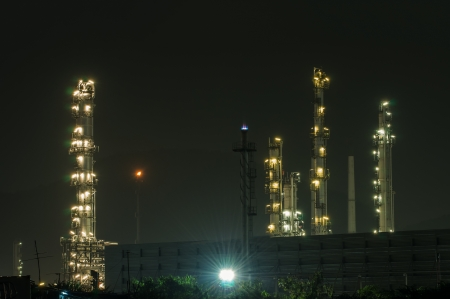 catalytic: Oil refinery plant at dusk, power station