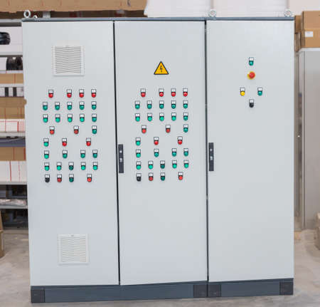 Industrial production of an electricity panel board