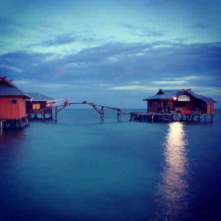 mabul: Houses at Mabul Island in Malaysia
