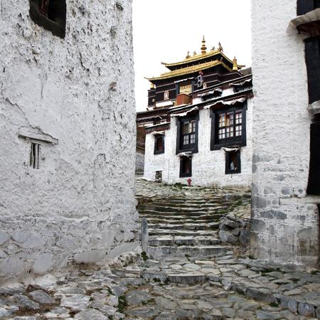 monastery: Tashilhunpo Monastery