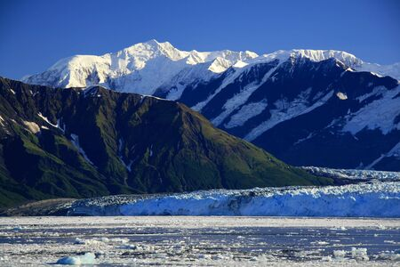 Hubbard Glacier is a tidewater glacier in the U.S. state of Alaska and the Yukon Territory of Canada. Standard-Bild - 9741846