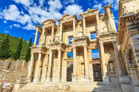 Celsus Bibliothek, Ephesus Türkei Standard-Bild - 32211313
