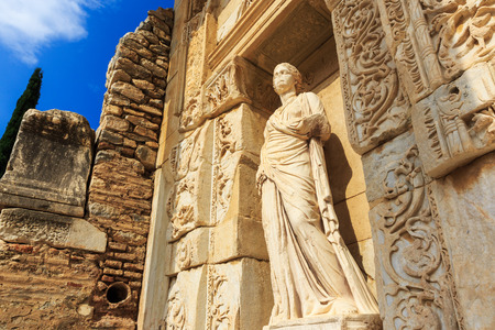 Detail of the Celsus library, Ephesus Turkey 版權商用圖片