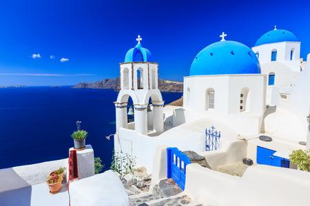 Dorf Oia, Santorini, Griechenland Standard-Bild - 32211924