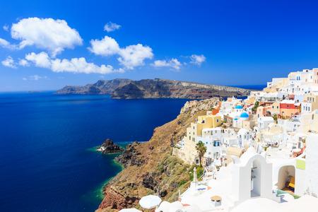 Dorf Oia, Santorini, Griechenland Standard-Bild - 32212191