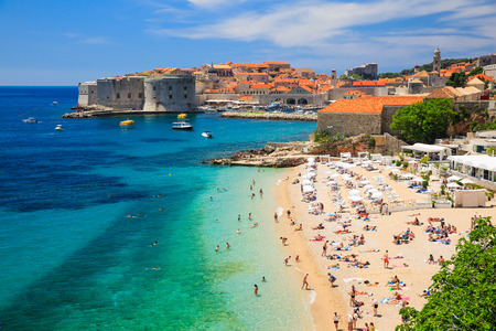 Old town fortress & beach, Dubrovnik Croatia Stockfoto