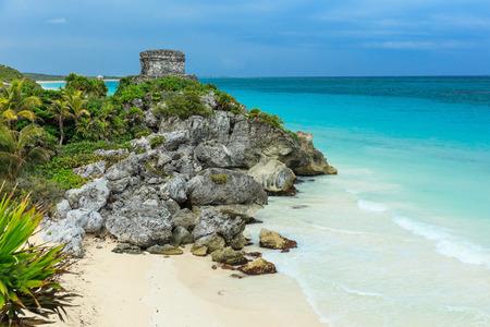 Gott der Winde Tempel, Karibik. Alten Maya-Ruinen in Tulum, Mexiko Standard-Bild - 34273912