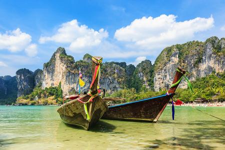 ao: Long Tail boats at the Railay West Beach. Ao Nang, Krabi province, Thailand. Stock Photo