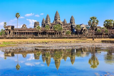 sap: Ancient temple Angkor Wat from across the lake. The largest religious monument in the world. Siem Reap, Cambodia