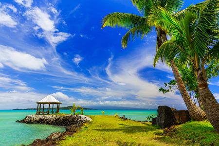 Apia, Samoa. Baldachin am Strand. Standard-Bild - 49924452