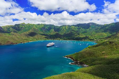 Nuku Hiva, Marquesas-Inseln. Bucht von Nuku Hiva. Standard-Bild - 50512471