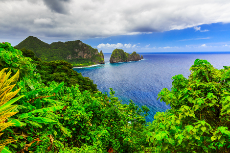 Pago Pago, American Samoa. Camel Rock near the village of Laulii. 版權商用圖片