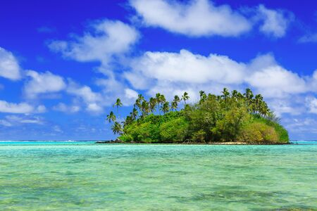 motu: Rarotonga, Cook Islands. Motu island at the Muri Lagoon. Stock Photo