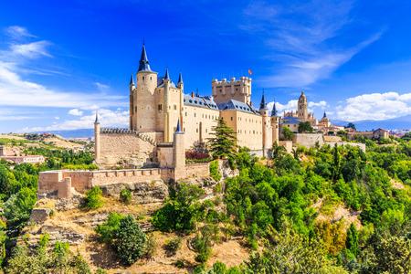 Segovia, Spanien. Der Alcazar von Segovia. Kastilien-León. Standard-Bild - 71728975