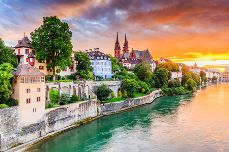 Basel, Switzerland. Old town with red stone Munster cathedral on the Rhine river. 스톡 콘텐츠
