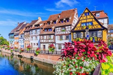 Colmar, Alsace, France. Petite Venice, water canal and traditional half timbered houses. 스톡 콘텐츠