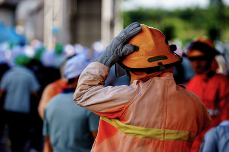 Firefighter prepare training firefighter in the plant on industry. Imagens