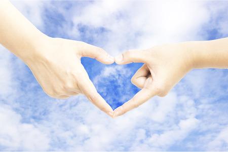 dedo me�ique: Cielo de la mano la forma del coraz�n fondo significado abstracto
