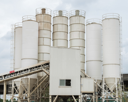 factory: cement factory