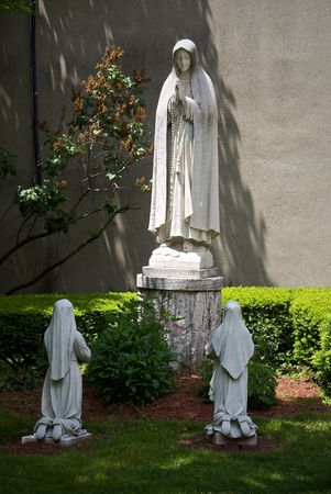 north   end: public statue of the virgin mary located at the peace garden of st leonard in the north end of boston massachusetts Stock Photo