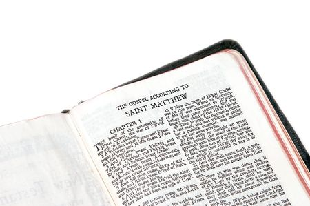 holy bible open to the gospel according to saint matthew, against a white background 免版税图像