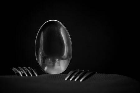 shy spoon