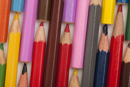 colored pencils next to each other on a white background. The concept of traffic jams. Archivio Fotografico