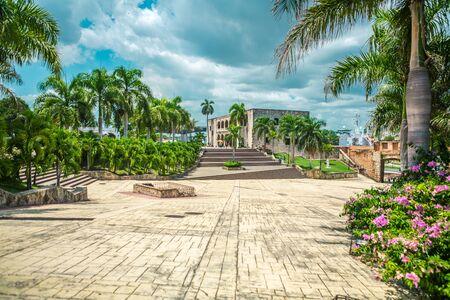 Christopher Columbus Palace auf der Piazza di Spagna im historischen Zentrum von Santo Domingo, Dominikanische Republik