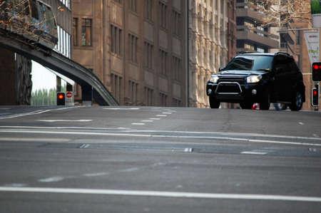 4 wheel: La vida en la ciudad. A 4 ruedas motrices, se convierte en una calle de la ciudad.