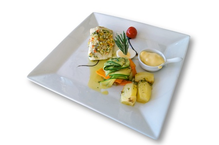 Grilled fish with Aioli and vegetables