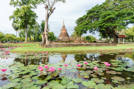Wat Mahathat Temple in the precinct of Sukhothai Historical Park, Thailand Stock Photo