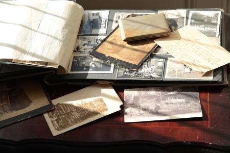 오래된 사진, 카드 및 편지 스톡 콘텐츠