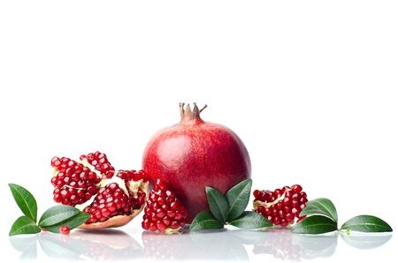 pomegranate isolated on the white background Reklamní fotografie - 17605674