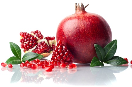 pomegranate isolated on the white background Reklamní fotografie - 17837065