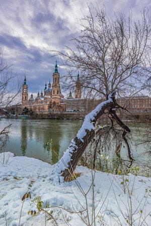 Views of Zaragoza with snow