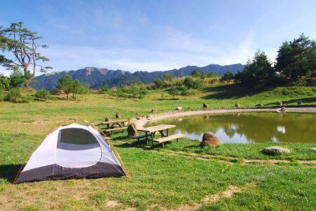 sch�nen Campingplatz Lizenzfreie Bilder