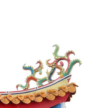 taoisme: Chinese decoratie van oosterse taoism tempel dak.