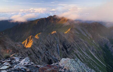 Jade South Berg im Morgengrauen.Es Fotos auf Yushan Nationalpark in Taiwan.