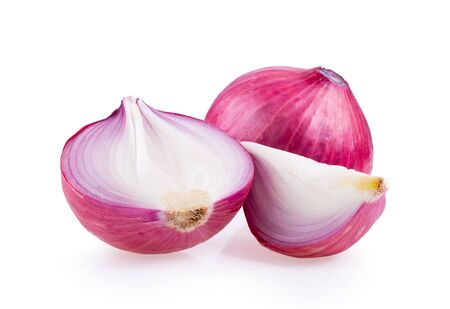 fresh red onion isolated on white background Banque d'images