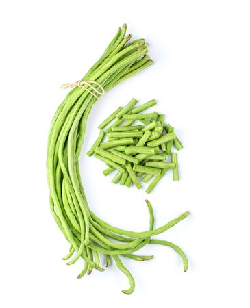 long beans isolated on white background. top view Foto de archivo - 132627840